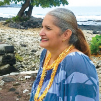 Darlene at Hale Häläwai in Kailua-Kona. photo by Gayle Kaleilehua Greco