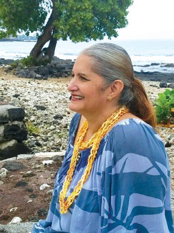 Darlene at Hale Häläwai in Kailua-Kona. photo by Gayle Kaleilehua Greco