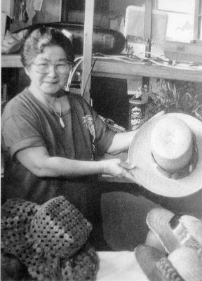 Founding member, kumu and master weaver Aunty Lily Sugahara.