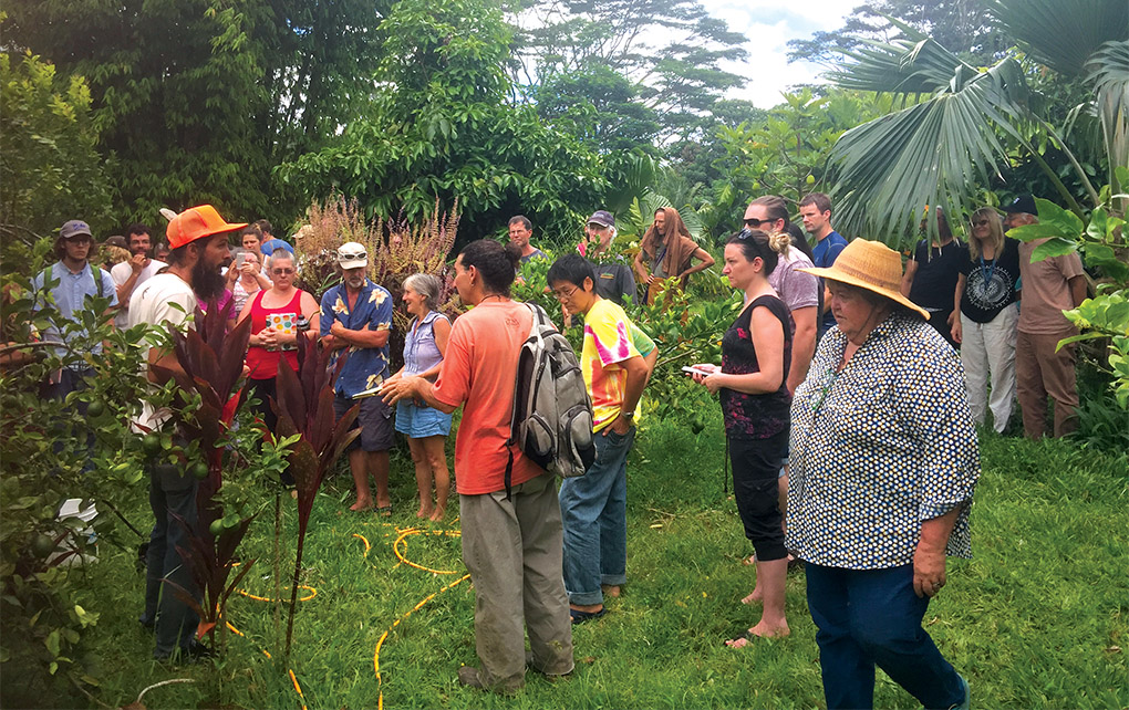 Eric Drake Weinert teaching in the field. photo courtesy of Hawaiian Sanctuary