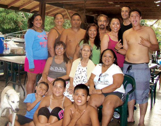 The Medeiros 'ohana, Thanksgiving 2013.
