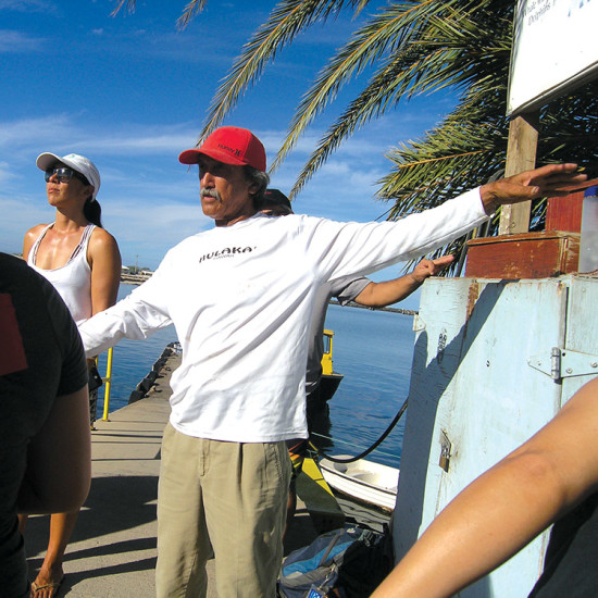 Captain and Pwo Navigator Shorty Bertelmann orients the crew. photo by Jan Wizinowich